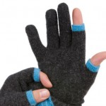 Etre Touchy gloves for iPhone owners