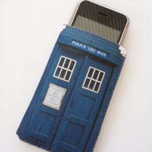 Doctor Who phonebox iPhone case