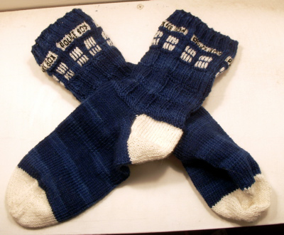 knitting needles and whip up a pair of these wonderful TARDIS socks