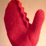 Dr Zoidberg Claw Mittens: Free knitting and crochet pattern