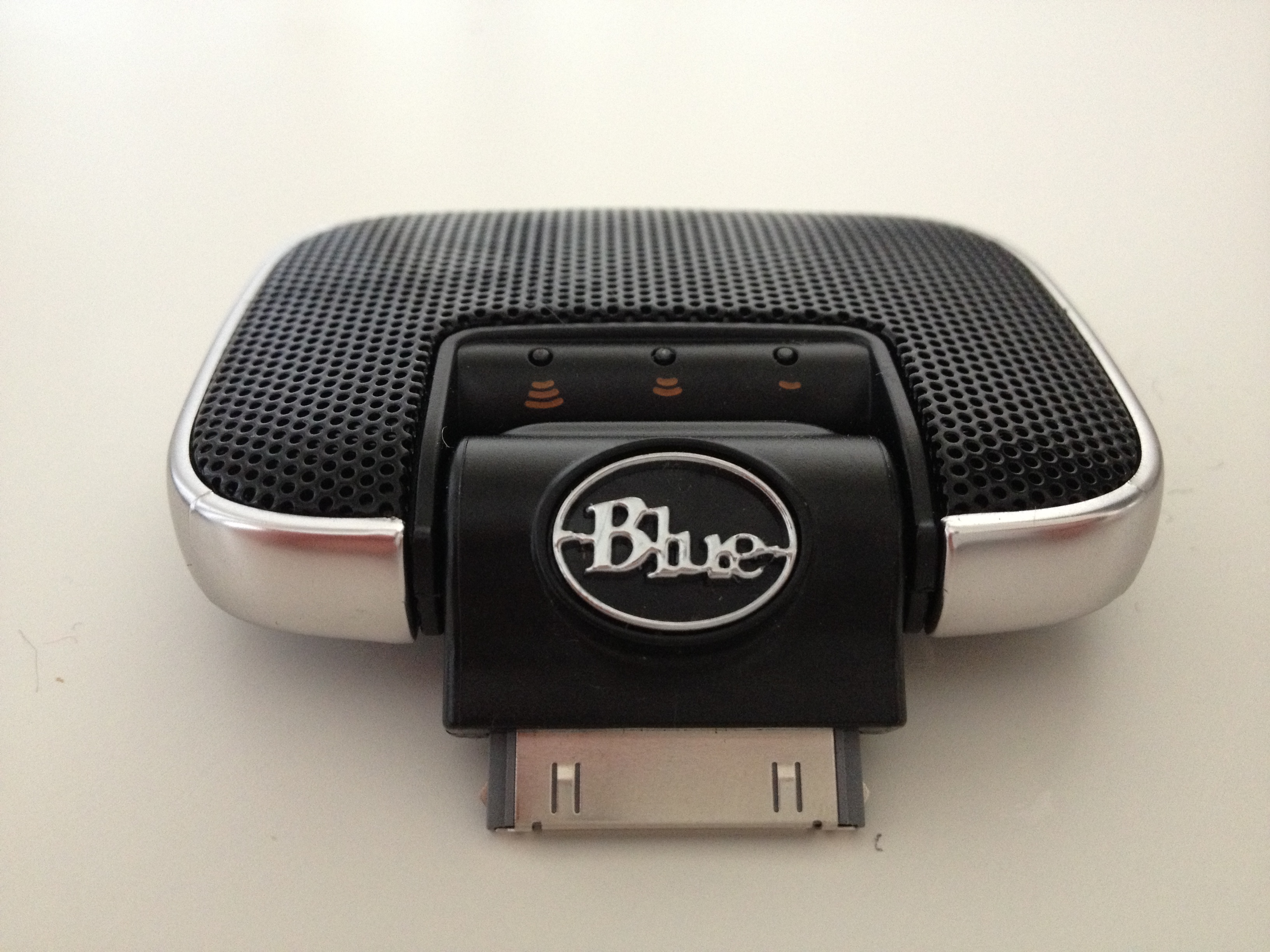 Hands on with Blue Microphone's Mikey Digital for iProducts