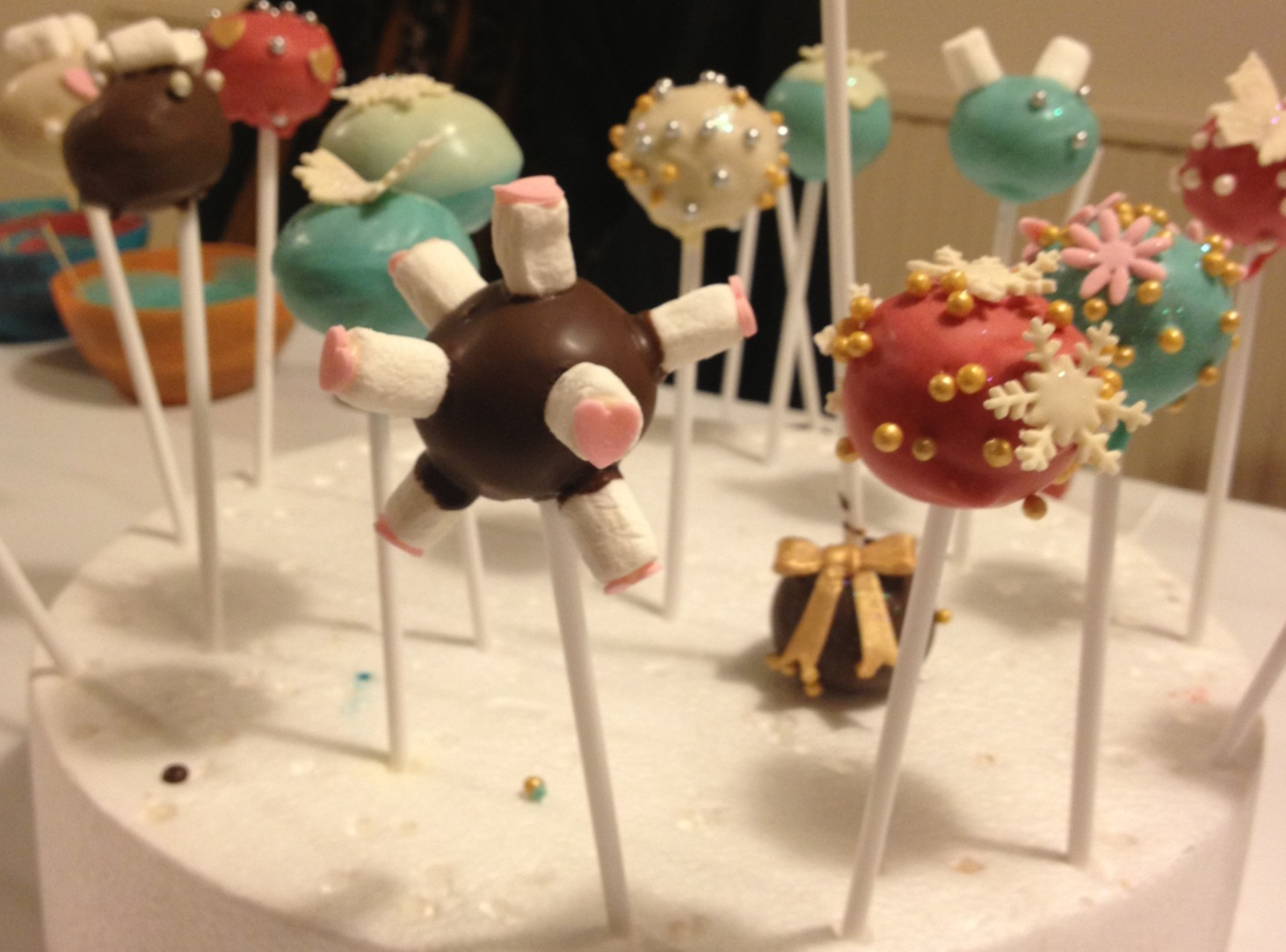 Festive Cake Pops made With Sweet Treats Cake Pop Maker