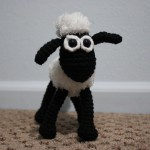 Shaun the Sheep mini crochet