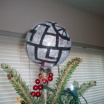 Death Star Holiday Tree Topper – Christmas Geek Crafts
