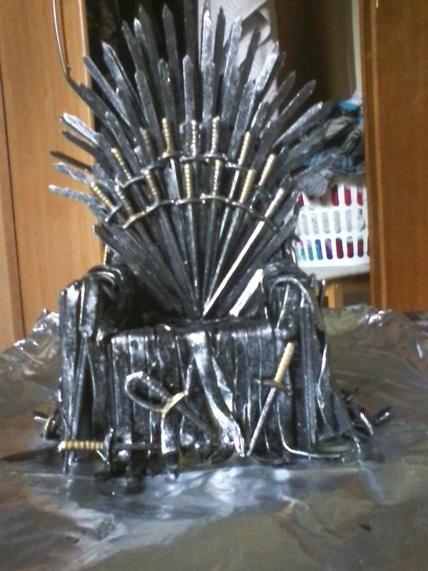 Iron throne for your phone