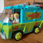 The Mystery Machine in brick form, with Freddie at the helm. It's a little marvel!